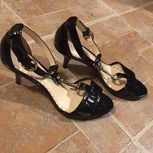 Coach 2 1/2 inch heels size women's 6 1/2